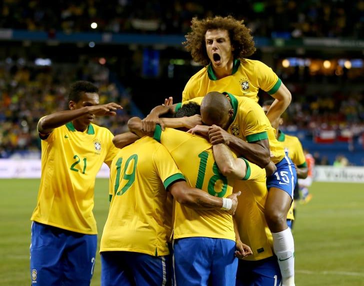 Какъв е прякорът на националния отбор по футбол на Бразилия 02