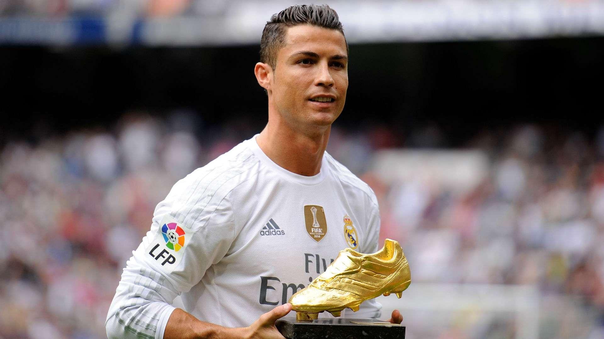 Колко златни обувки има Роналдо 4